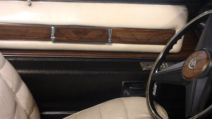 1976 Cadillac Eldorado Convertible presented as lot T170 at St. Charles, IL 2011 - image6