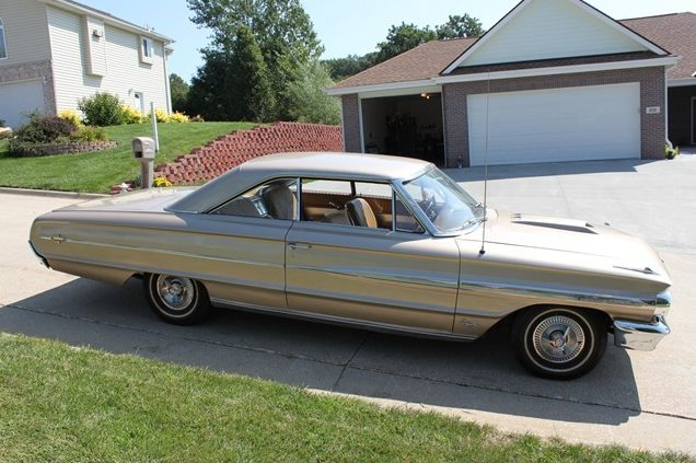 1964 Ford Galaxie 500 XL 2-Door Hardtop 390/320 HP, Automatic presented as lot T283 at St. Charles, IL 2011 - image8