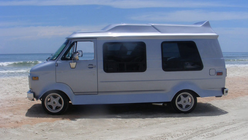 1985 GMC  Van 383/425 HP, Automatic presented as lot T177 at St. Charles, IL 2011 - image3