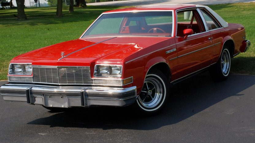 1977 Buick Lesabre presented as lot T179 at St. Charles, IL 2011 - image2