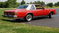 1977 Buick Lesabre presented as lot T179 at St. Charles, IL 2011 - thumbail image4