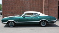 1971 Oldsmobile 442 455/335 HP, Automatic presented as lot T194 at St. Charles, IL 2011 - thumbail image3