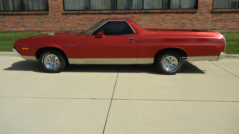 1972 Ford Ranchero 351 CI, Automatic presented as lot T211 at St. Charles, IL 2011 - image2