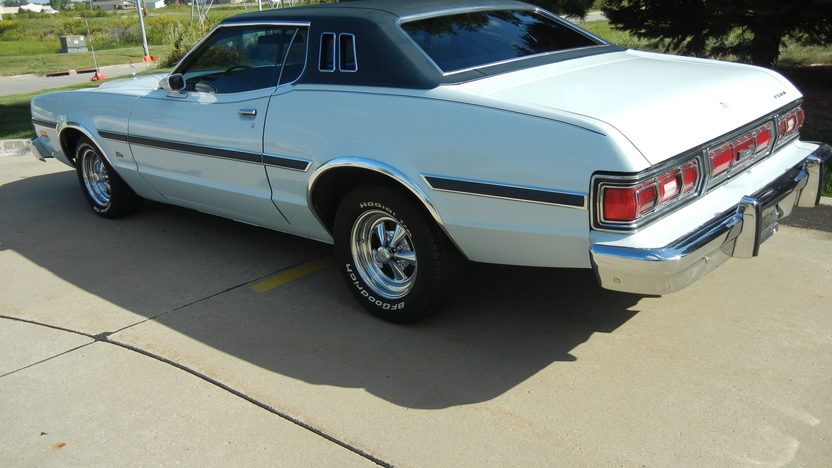 1975 Ford Elite 2-Door 351 CI, Automatic presented as lot T214 at St. Charles, IL 2011 - image2
