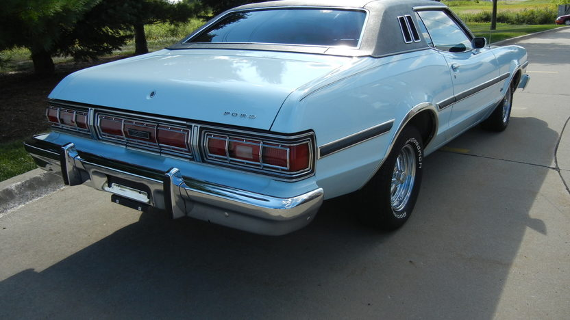 1975 Ford Elite 2-Door 351 CI, Automatic presented as lot T214 at St. Charles, IL 2011 - image3