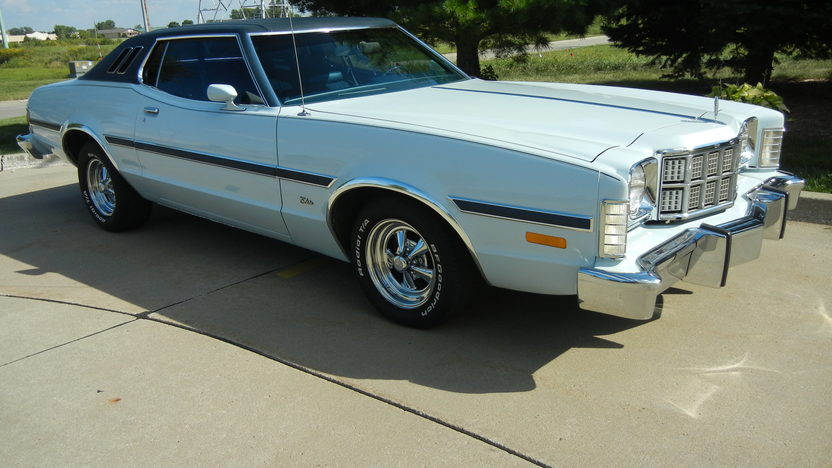1975 Ford Elite 2-Door 351 CI, Automatic presented as lot T214 at St. Charles, IL 2011 - image7