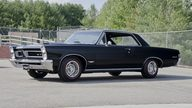 1965 Pontiac GTO 2-Door Hardtop 389 CI, 4-Speed presented as lot T219 at St. Charles, IL 2011 - thumbail image8