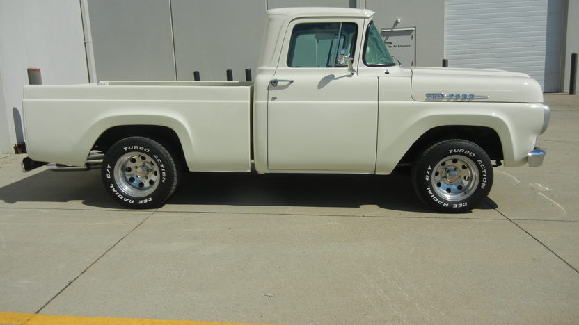 1960 Ford F100 Pickup 351 CI, Automatic presented as lot T247 at St. Charles, IL 2011 - image4