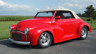 1953 Morris Minor Convertible 2.2/200 HP, Automatic presented as lot T250 at St. Charles, IL 2011 - thumbail image2