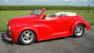 1953 Morris Minor Convertible 2.2/200 HP, Automatic presented as lot T250 at St. Charles, IL 2011 - thumbail image3