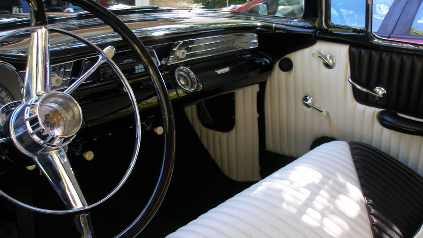 1956 Pontiac Chieftain 316/192 HP, Automatic presented as lot T263 at St. Charles, IL 2011 - image6