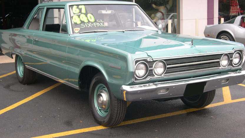 1967 Plymouth Belvedere I Coupe 440 CI, Automatic presented as lot T267 at St. Charles, IL 2011 - image3