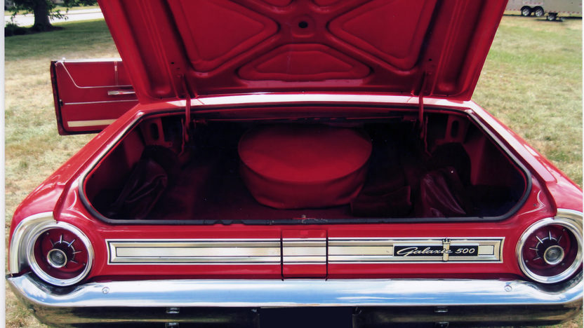 1964 Ford Galaxie 500 Convertible 289 CI, Automatic presented as lot T271 at St. Charles, IL 2011 - image6