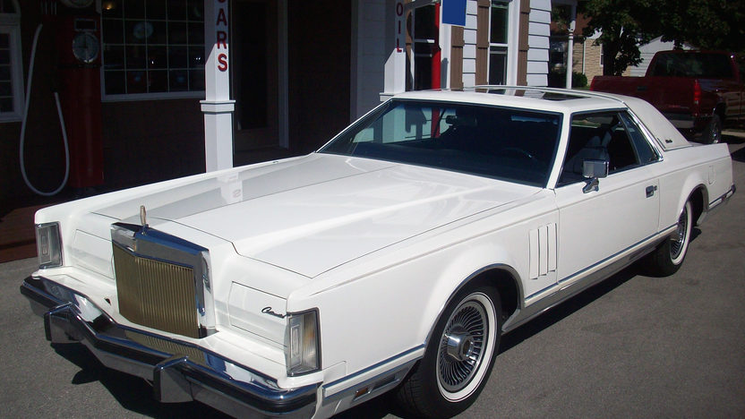 1979 Lincoln Mark V Collector Edition 400 CI, Automatic presented as lot T272 at St. Charles, IL 2011 - image8