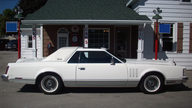 1979 Lincoln Mark V Collector Edition 400 CI, Automatic presented as lot T272 at St. Charles, IL 2011 - thumbail image2