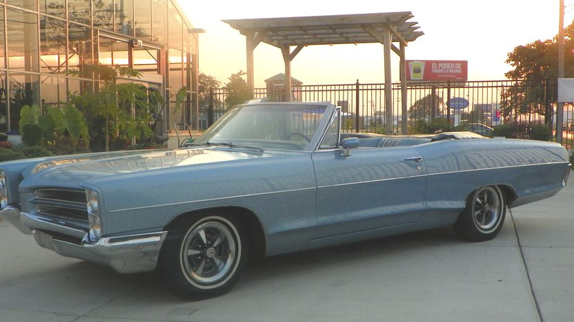 1966 Pontiac Catalina Convertible 389/290 HP, Automatic presented as lot F10 at St. Charles, IL 2011 - image7