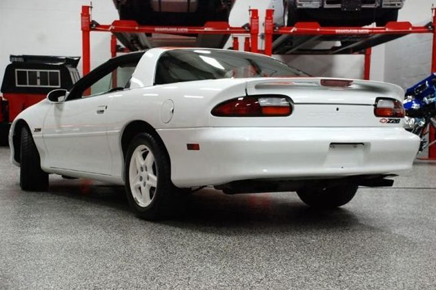 1997 Chevrolet Camaro Z28 5.7L, 6-Speed presented as lot F19 at St. Charles, IL 2011 - image2