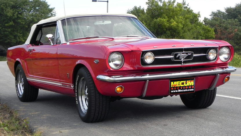 1965 Ford Mustang Convertible 289/225 HP, Automatic presented as lot F20 at St. Charles, IL 2011 - image8