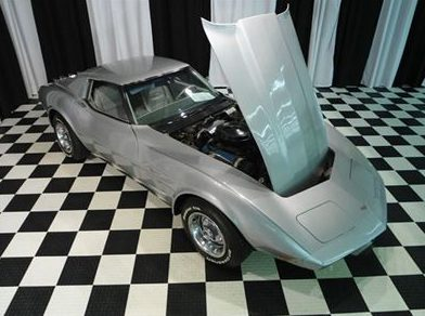 1977 Chevrolet Corvette 350 CI, 4-Speed presented as lot F44 at St. Charles, IL 2011 - image7