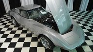 1977 Chevrolet Corvette 350 CI, 4-Speed presented as lot F44 at St. Charles, IL 2011 - thumbail image7