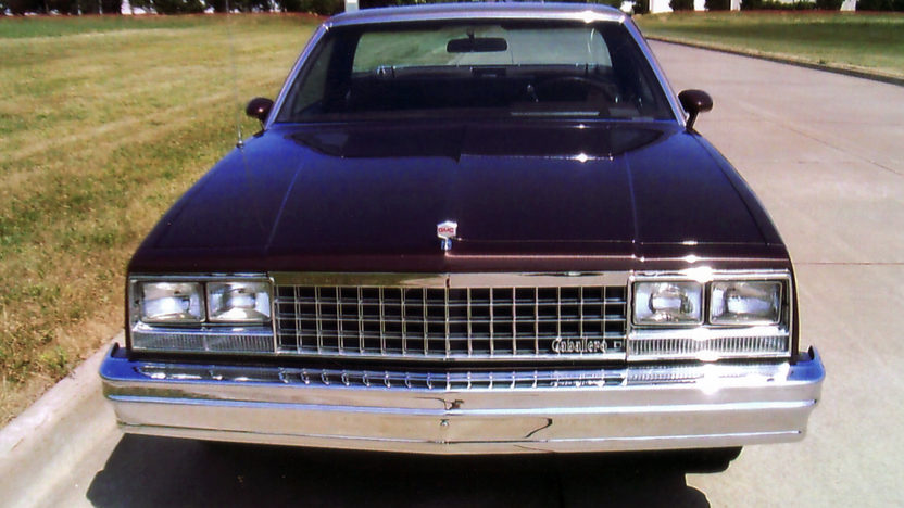 1984 GMC Caballero 305 CI, Automatic presented as lot F49 at St. Charles, IL 2011 - image2