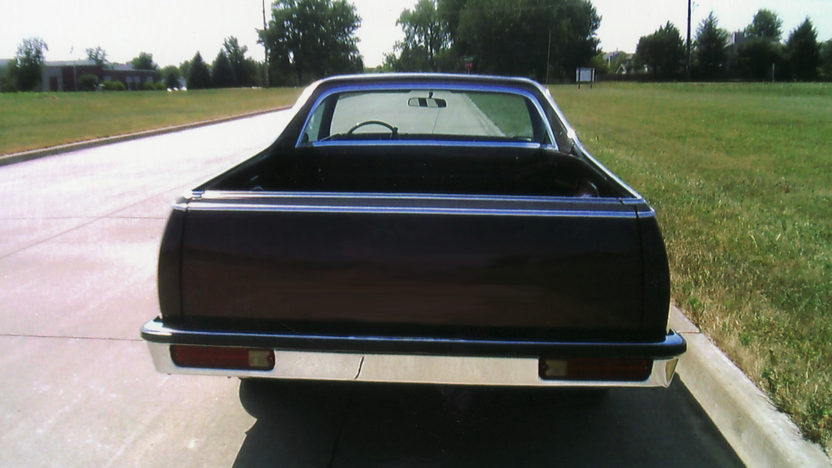 1984 GMC Caballero 305 CI, Automatic presented as lot F49 at St. Charles, IL 2011 - image3