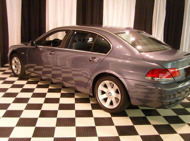 2006 BMW 750Li Sedan presented as lot F58 at St. Charles, IL 2011 - image3