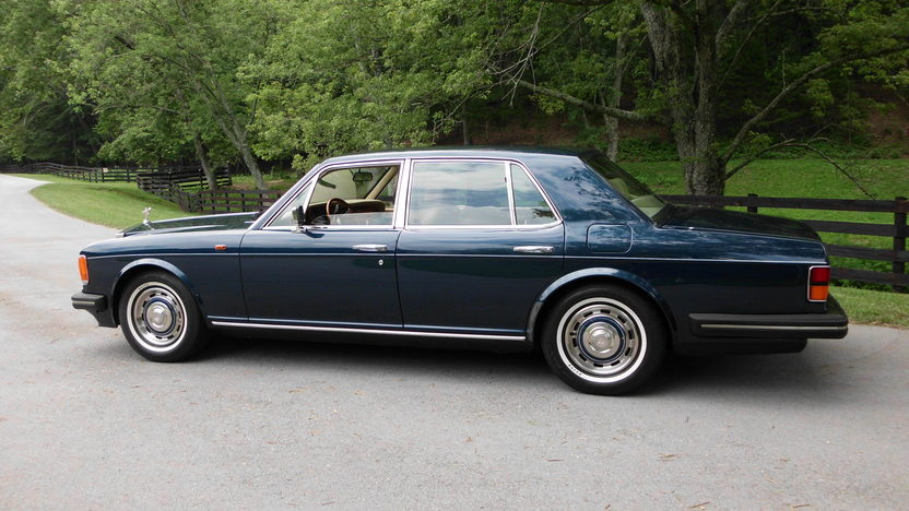 1989 Rolls-Royce Silver Spur 6.8L, Automatic presented as lot F60 at St. Charles, IL 2011 - image2