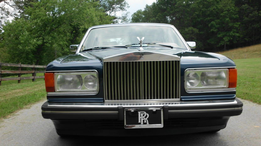 1989 Rolls-Royce Silver Spur 6.8L, Automatic presented as lot F60 at St. Charles, IL 2011 - image3