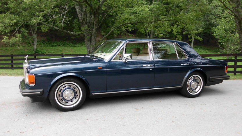 1989 Rolls-Royce Silver Spur 6.8L, Automatic presented as lot F60 at St. Charles, IL 2011 - image4