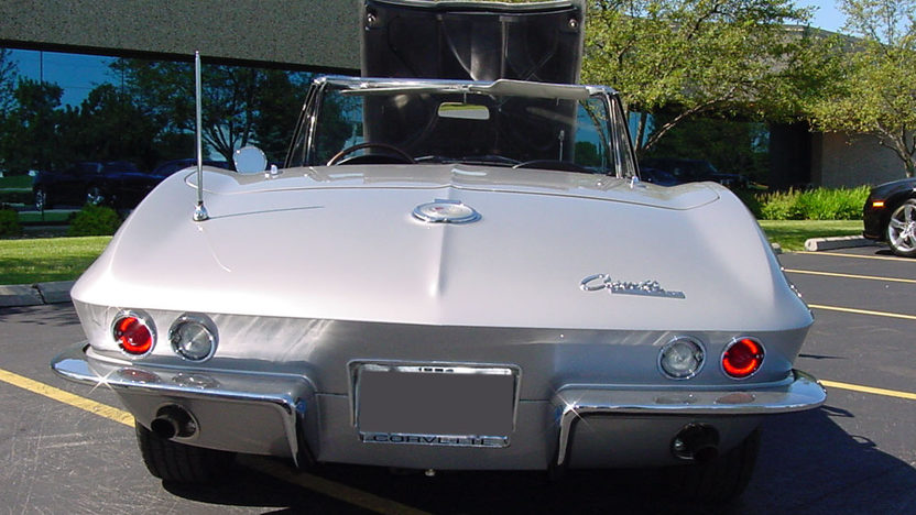 1964 Chevrolet Corvette Convertible 327/250 HP, Automatic presented as lot F64 at St. Charles, IL 2011 - image3