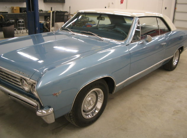 1967 Chevrolet Malibu 283 CI, Automatic presented as lot F67 at St. Charles, IL 2011 - image3