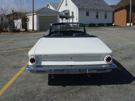 1963 Chrysler  Convertible 400/260 HP, Automatic presented as lot F86 at St. Charles, IL 2011 - image4