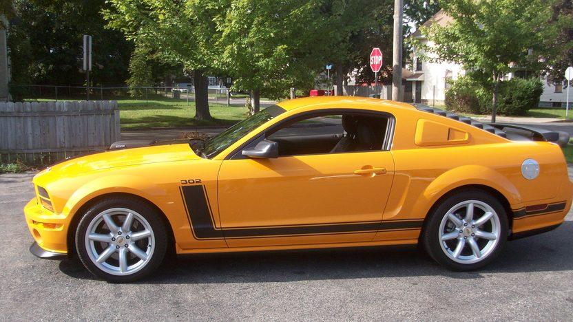 2007 Ford Mustang Saleen 302 CI, 6-Speed presented as lot F87 at St. Charles, IL 2011 - image2