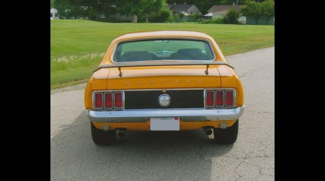 1970 Ford Mustang 302 CI, Automatic presented as lot F118 at St. Charles, IL 2011 - image5