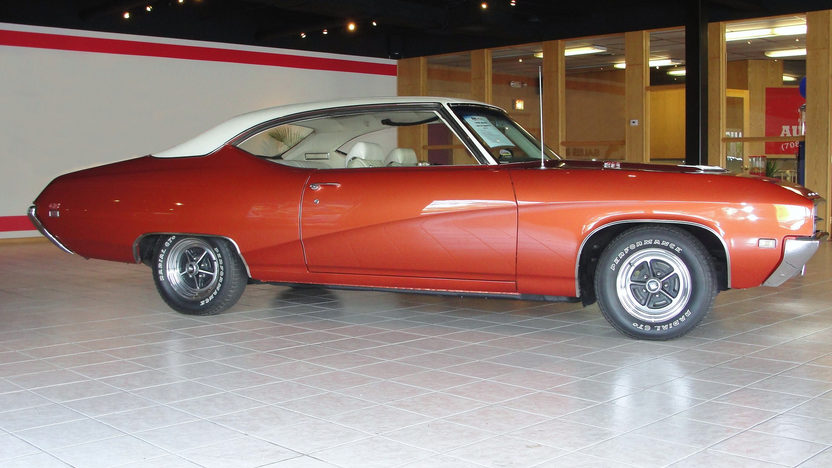 1969 Buick Skylark GS 2-Door Hardtop 400 CI, Automatic presented as lot F123 at St. Charles, IL 2011 - image3