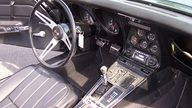 1969 Chevrolet Corvette Coupe 350/350 HP, 4-Speed presented as lot F133 at St. Charles, IL 2011 - thumbail image6