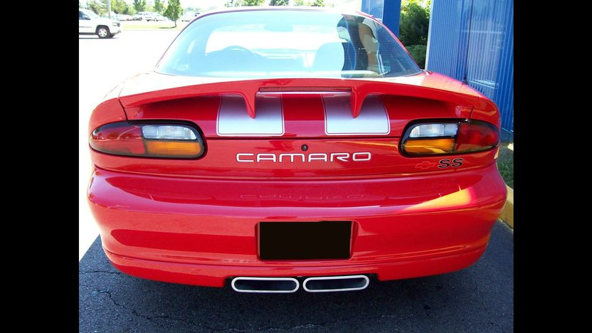 2002 Chevrolet Camaro SS 35th Anniversary presented as lot F137 at St. Charles, IL 2011 - image2