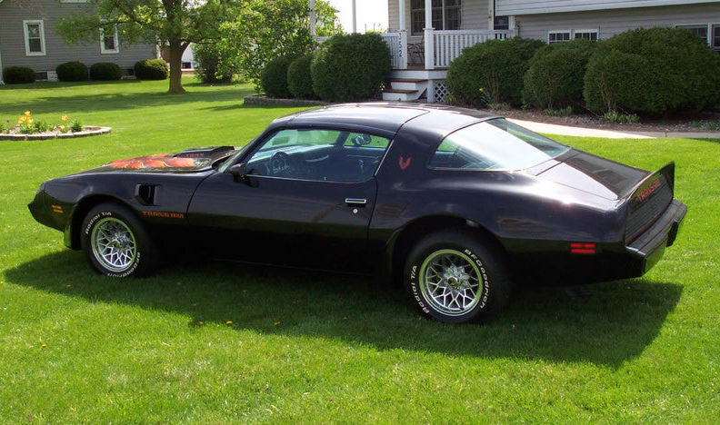 1980 Pontiac Trans Am 4.9L, Automatic presented as lot F88 at St. Charles, IL 2011 - image2