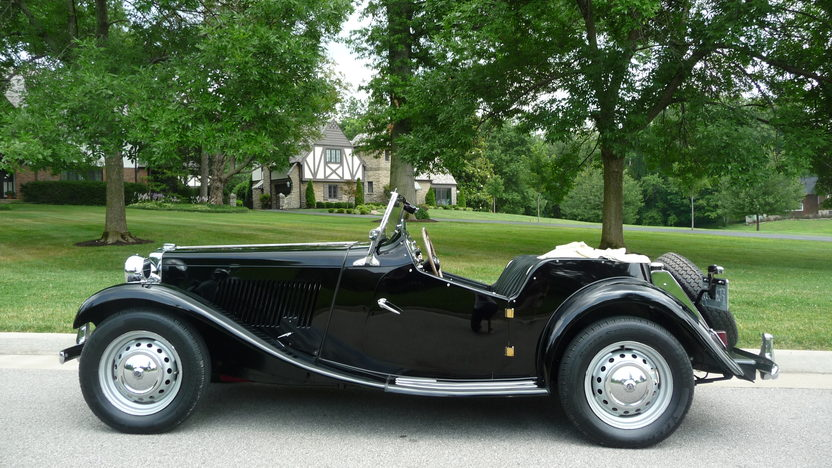 1951 MG TD Convertible 4-Speed presented as lot F142 at St. Charles, IL 2011 - image6