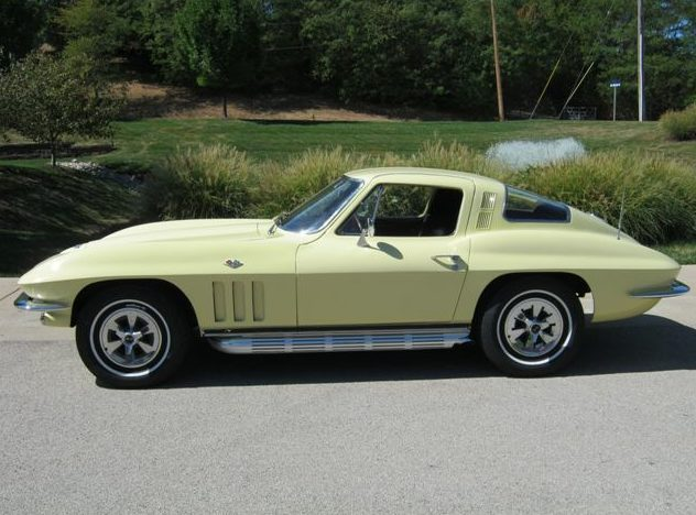 1965 Chevrolet Corvette Coupe 350 CI, 4-Speed presented as lot F150 at St. Charles, IL 2011 - image2