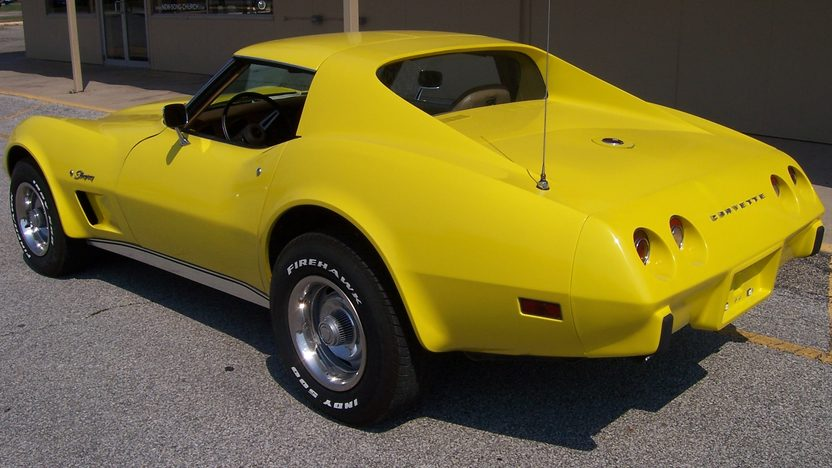 1975 Chevrolet Corvette 350/220 HP, 4-Speed presented as lot F160 at St. Charles, IL 2011 - image2