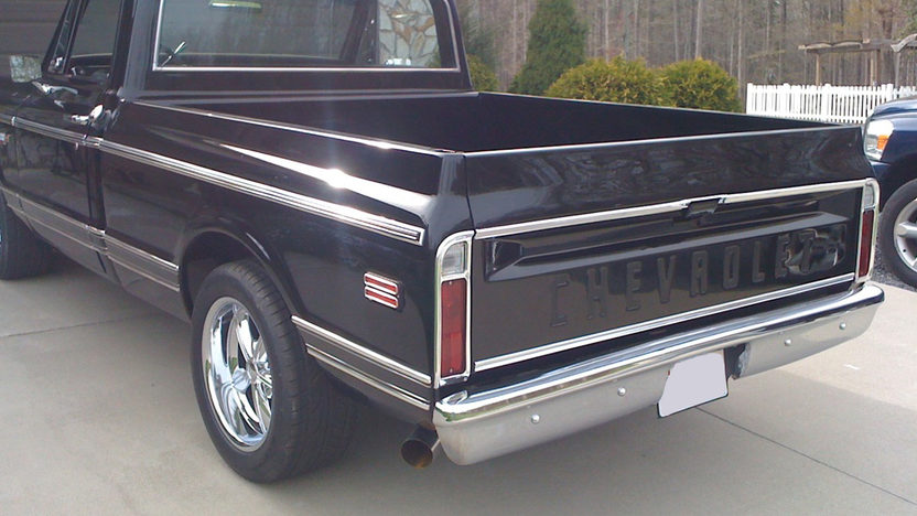 1971 Chevrolet Short Box Pickup 454 CI, Automatic presented as lot F161 at St. Charles, IL 2011 - image2