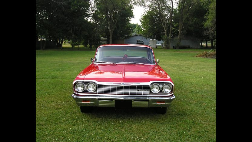 1964 Chevrolet Biscayne 2-Door Sedan 409/400 HP, 4-Speed presented as lot F164 at St. Charles, IL 2011 - image2