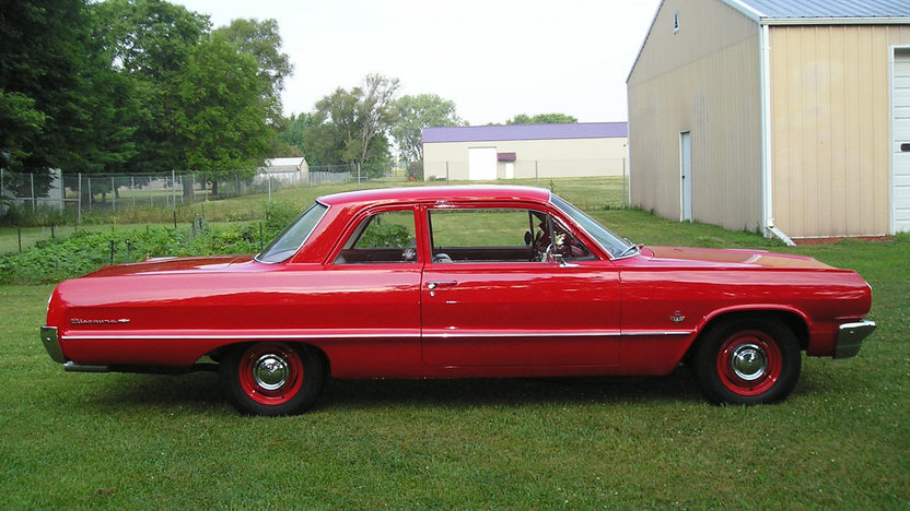 1964 Chevrolet Biscayne 2-Door Sedan 409/400 HP, 4-Speed presented as lot F164 at St. Charles, IL 2011 - image4