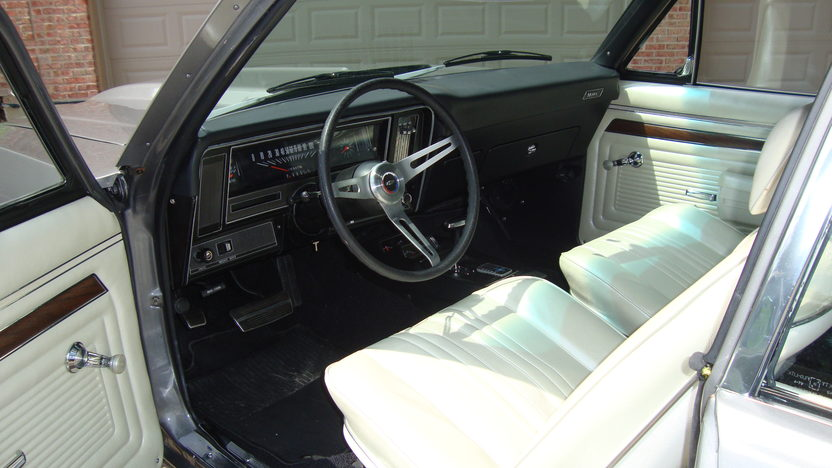1970 Chevrolet Nova 496 CI, Automatic presented as lot F166 at St. Charles, IL 2011 - image2