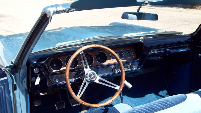 1965 Pontiac GTO Convertible 389 CI, 4-Speed presented as lot F169 at St. Charles, IL 2011 - image6