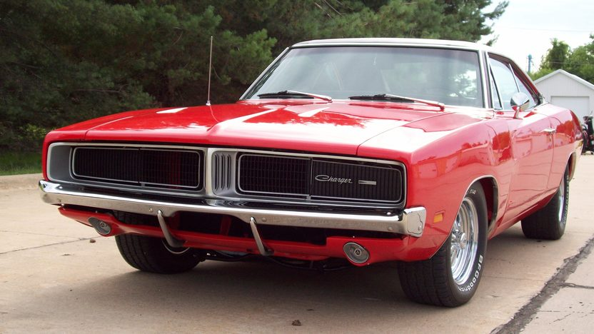 1969 Dodge Charger Coupe 440 CI, 4-Speed presented as lot F172 at St. Charles, IL 2011 - image7