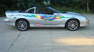 2002 Chevrolet Camaro Pace Car Convertible presented as lot F174 at St. Charles, IL 2011 - thumbail image7