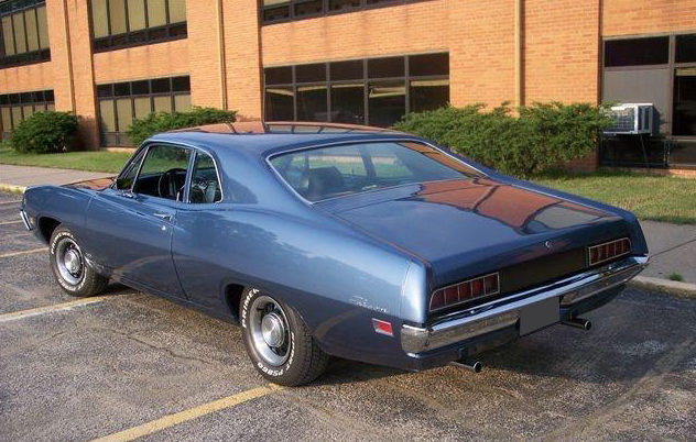 1970 Ford Falcon 2-Door Sedan 302 CI, Automatic presented as lot F175 at St. Charles, IL 2011 - image2